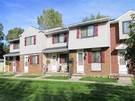 3 bedroom apartments rochester ny parkway manor apartments rochester ny apartment finder