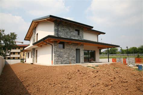 casa di montagnolievio casa di legno caronno pertusella