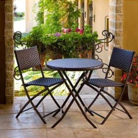 outdoor furniture for apartment balcony