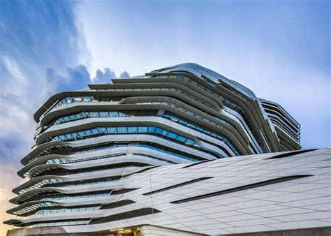moderne häuser 2018 zaha hadid s twisting tower jcit hong kong