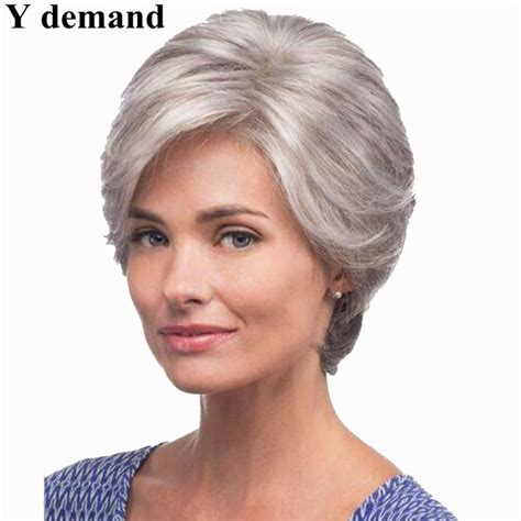 wigsfor old broads straight silver grey short wig side bangs fashion heat
