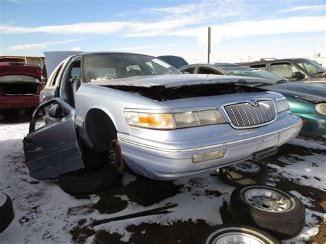 mercury grand marquis review the truth about cars junkyard find 1997 mercury grand marquis ls safety edition the truth about cars