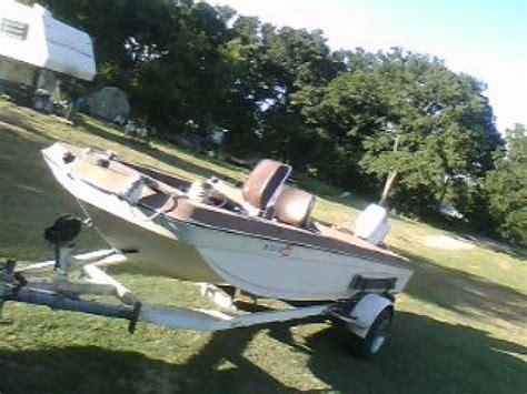 fiberglass bass boats 1975 16 ft galaxy fiberglass tri haul bass boat oklahoma