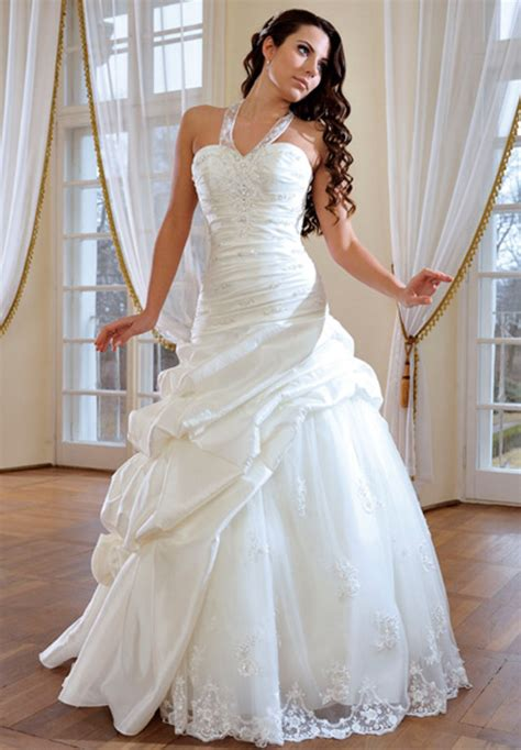 stunning wedding dresses on pinterest beautiful wedding
