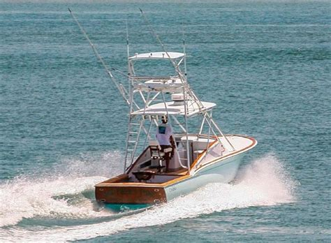 small express fishing boats this is a beautiful small express the 31 diablo custom