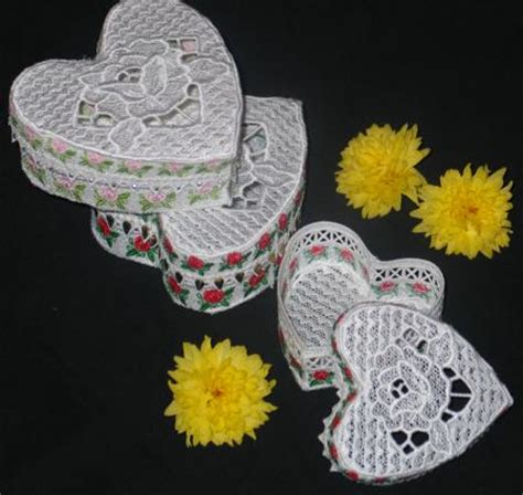 Advanced Embroidery Designs Free Projects And Ideas - fsl gift box advanced embroidery designs