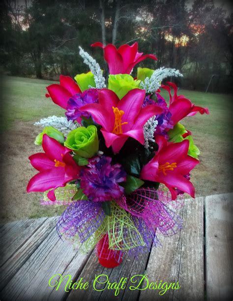 Wedding Flower Arrangements Near Me by The 25 Best Memorial Flowers Ideas On Funeral