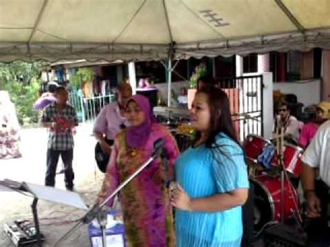 angkat kaki by malaysian dangdut singer sheeda dangdut farah angkat kaki maeroo acoustic band doovi