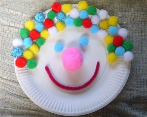 Clown Paper Plate Craft - 32 paper plate craft ideas thriftyfun