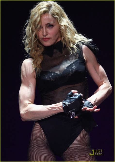 madonna body madonna performs michael jackson tribute photo 2030791