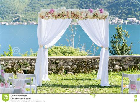 Wedding Arch No Flowers by Arch For The Wedding Ceremony Decorated With Cloth And