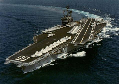 portaerei americane le straordinarie mastodontiche portaerei americane
