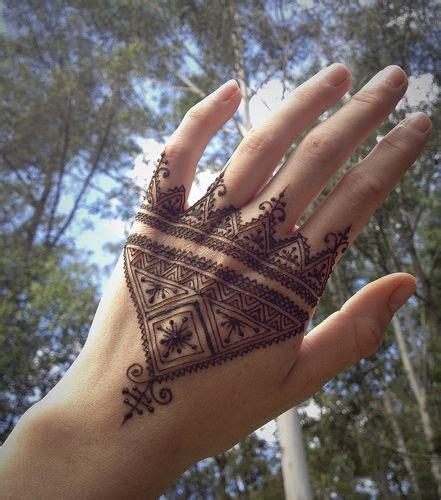 henna tattoo norwich 72 najlepš 237 ch obr 225 zkov na n 225 stenke body tattoo na