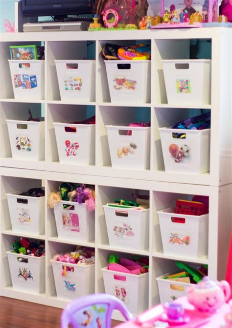 an organized playroom clutterbug me