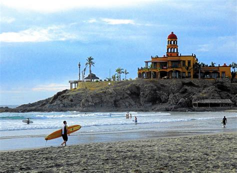 fodor s los cabos with todos santos la paz valle de guadalupe color travel guide books surf the waves or stroll the galleries in arty authentic
