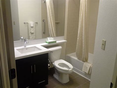 Hotels With Kitchens In Southfield Mi by Kitchen Area Picture Of Candlewood Suites Detroit