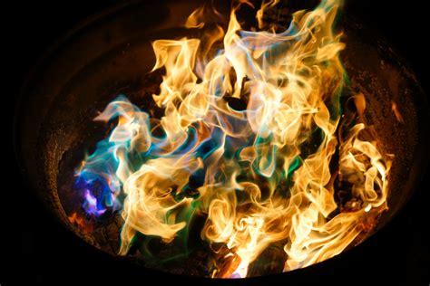 wallpaper kamera keren gambar cahaya api kegelapan gambar keren foto yang
