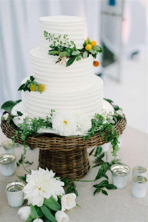 Wedding Cake Greenery by Cakes Desserts Photos Three Tier White Cake Greenery