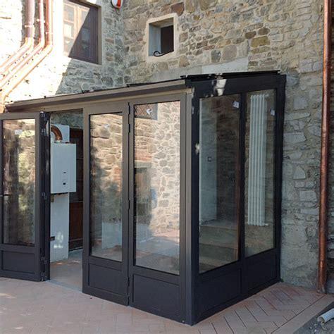 tende per verande chiuse interesting moderna veranda in profilo di alluminio tt