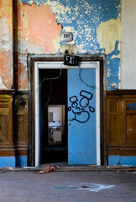 exits photo   abandoned cherry knowle hospital