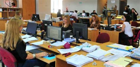 bono empleados administracion publica chubut 2016 empleados p 250 blicos el bono de fin de a 241 o debe ser como