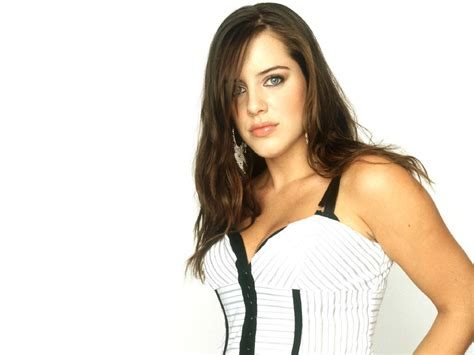videos 19 michelle ryan gmtv 09 04 2009 doctor who michelle ryans gmtv jan 9 2012 trends model female
