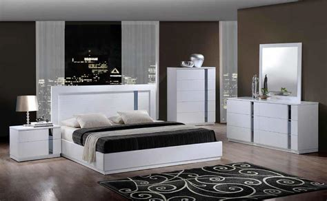 Modern White Bedroom Set by Modern White Bedroom Furniture Style Decorating Ideas