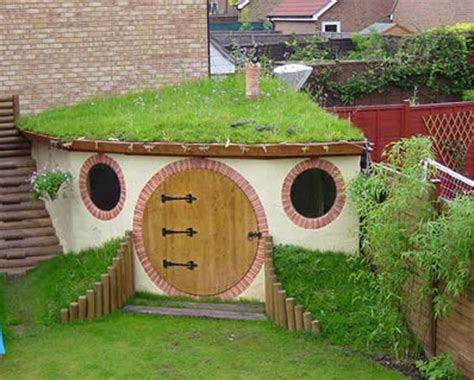 Hobbit House Shed by Hobbit Garden Shed So Cool Homes