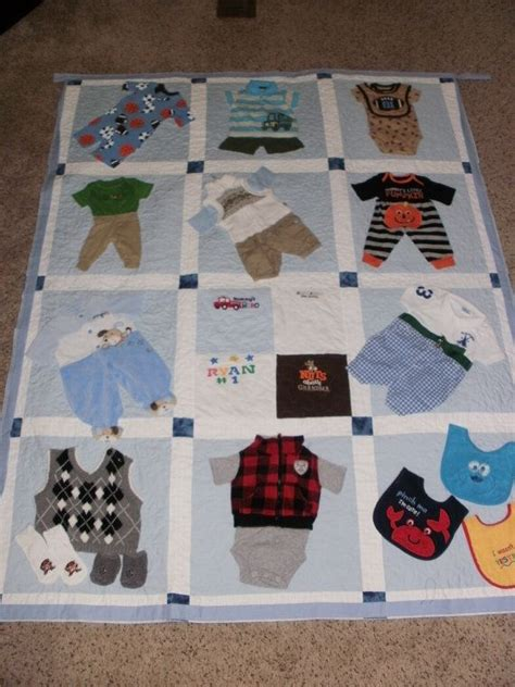 Patchwork Quilt Out Of Baby Clothes - best 25 baby clothes quilt ideas on baby