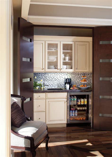 kitchen in bedroom style 610 in painted hazelnut glaze