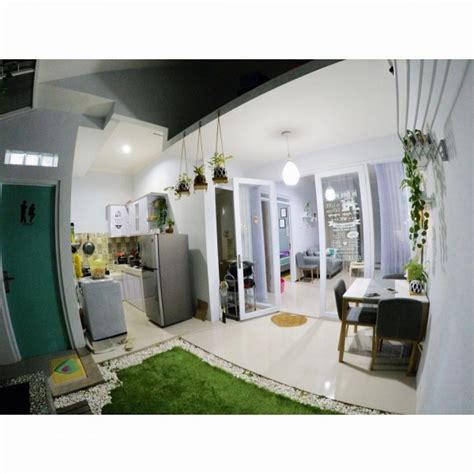 Karpet Unik Rumput Sintetis desain rumah unik tipe 45 meski mungil ada indoor garden