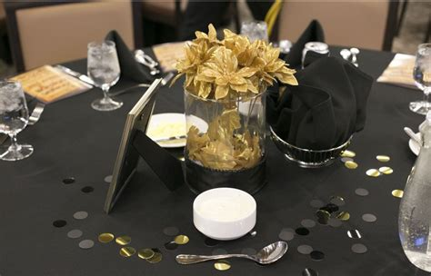 black and gold centerpieces a of brandi that time i made 20 centerpieces in 2 days