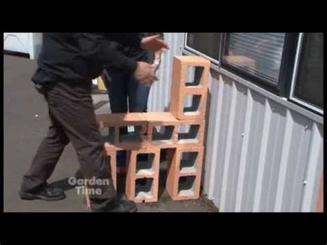 how to make a cinder block bench cinder block garden bench youtube
