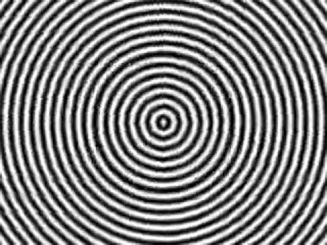ilusiones opticas que te hacen alucinar hipnotize olmak g 246 z yanılmaları youtube