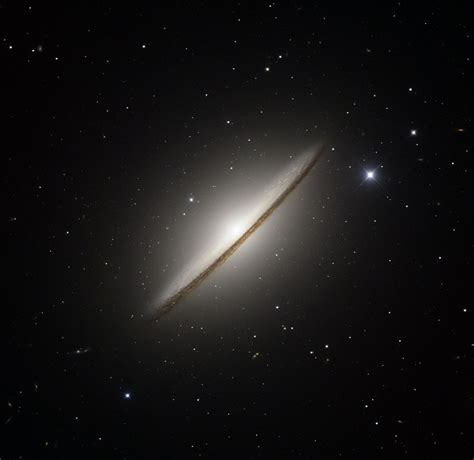 sombrero galaxy sombrero galaxy messier 104 ngc 4594 constellation guide