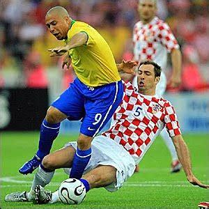 brazil vs thåy s ronaldo the legend