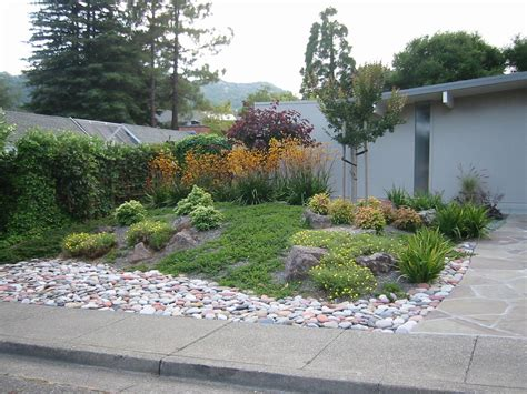 smart small front yard garden design ideas most beautiful