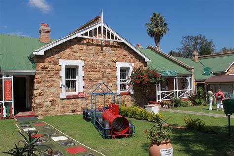 house photos free file sandstone house cullinan gauteng jpg wikimedia