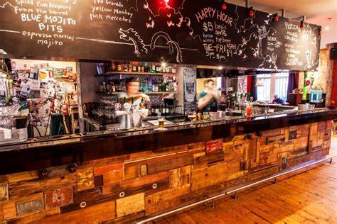 pop a top bar el coco laneway bars melbourne hidden city secrets