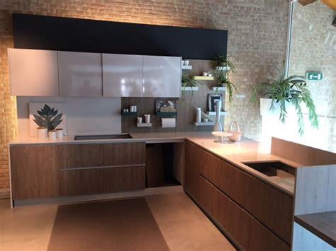 cucine di esposizione outlet cucina con penisola zecchinon cucine di esposizione