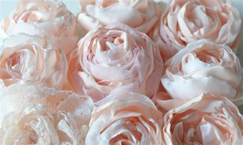 Fleur En Tissu A Faire Soi Meme by Comment Faire Des Fleurs En Tissu En 4 Tutoriels Originaux