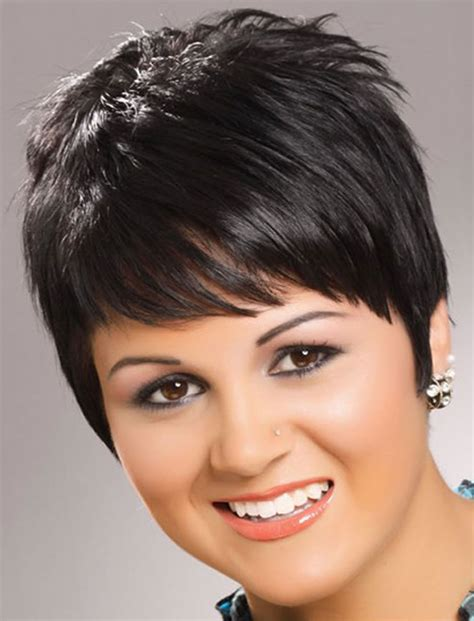 cute hairstyles for round faces fat faces hairstyles for round faces 27 lovely haircut ideas