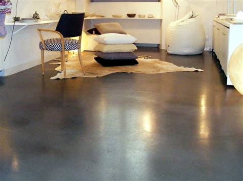 Pavimento In Cemento Per Interni by Realizzazione Pavimenti Residenziali In Cemento Prezzi E