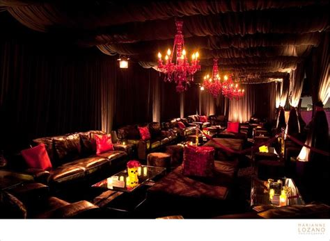 hookah lounge couches red velvet hookah lounge sheesh pinterest plays we