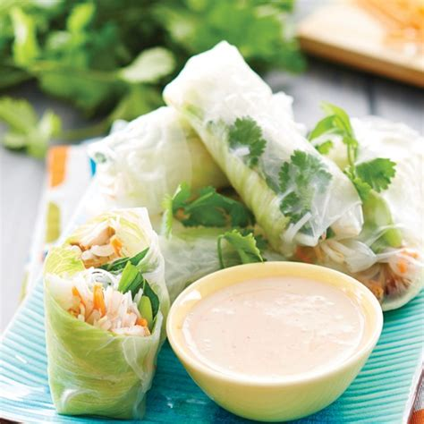 Rice Paper Rolls - roast chicken rice paper rolls recipe myfoodbook