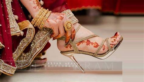 Most Beautiful Stylish Bridal Pic For Dps by Fancy Bridal Shoes 2016 2017 Designs For Wedding Brides