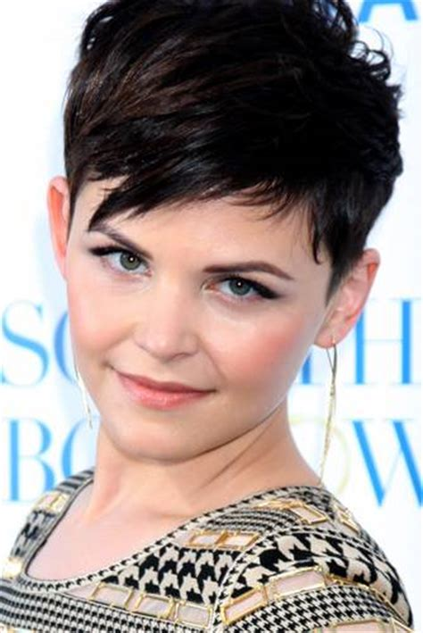 Pixie Cuts For Square Faces | pixie cut for square face hair style