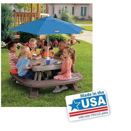 how to store little tikes picnic table 69 best images about christmas for connor