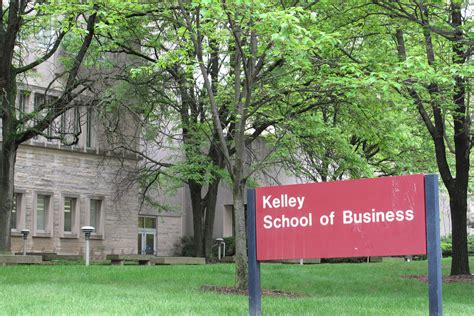 Indiana Kelley Mba Employment Report by Kelley School Of Business Photo Wfiu Indiana