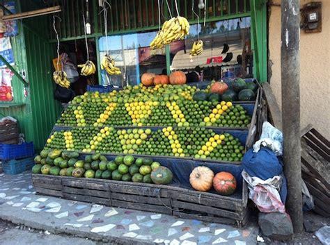 Zigzag Ethiopian Fruit Stand   goorsha